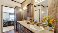 Heritage 3260-32B Bathroom