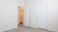 Bradford BD-05 Bedroom