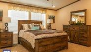 Grand Manor 6002 Bedroom
