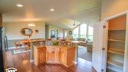 Pinehurst 2506-V1 Kitchen