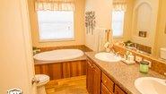 Pinehurst 2504-V1 Bathroom