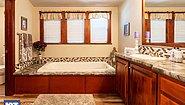 Grand Manor 6012-2 Bathroom