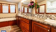 Grand Manor 6012-2 Bathroom