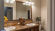 Grand Manor 6013-2 Bathroom
