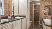 MD 28' Doubles MD-28 Bathroom