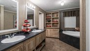 MD 32' Doubles MD-17-32 Bathroom