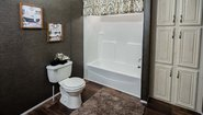 MD 32' Doubles MD-39-32 Bathroom