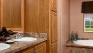 MD 32' Doubles MD-16-32 Bathroom