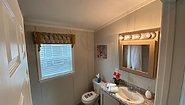 Single-Section Homes NETR G-633 Bathroom