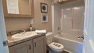 Ranch Homes NETR G-3157 Bathroom
