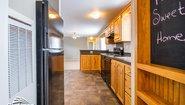 Broadmore 16663B Kitchen