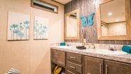 Canyon Lake 16763Y The General Bathroom