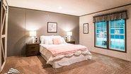 Sandalwood XL 32764S The Boss Bedroom