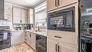 Palm Harbor Plant City Cottage Farmhouse LS28522J Kitchen