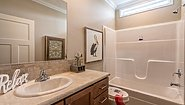 Palm Harbor Plant City Summer Cove III LS28602A Bathroom