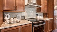 Palm Harbor Plant City Summer Cove III LS28602A Kitchen