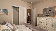 Palm Harbor The Sunset Bay 28563B Bedroom