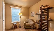 Palm Harbor The River's Edge 28362B Bedroom