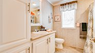 Sunwood F546E Bathroom