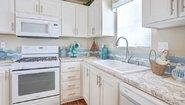 Creekside Manor CM-3522D Kitchen