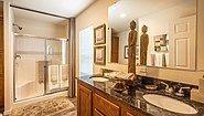 Creekside Manor CM-3443R Bathroom