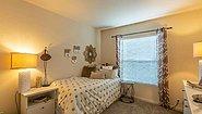 Creekside Manor CM-3443R Bedroom