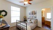 Creekside Manor CM-6622L Bedroom