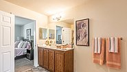 Creekside Manor CM-4564B Bathroom