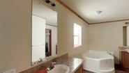 Central Great Plains CN960 Bathroom
