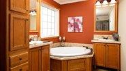 Innovation HE 3018 Bathroom