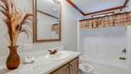 Ridgecrest LE 3205 Bathroom
