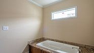 New Moon NM3248A Bathroom