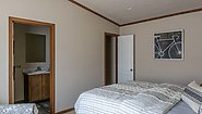 Signature SW HS 683PW Bedroom