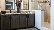 Richland Elite Ranch GF3010-V Bathroom