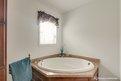 LandMark Signature Savanna II Bathroom