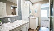LH Waverly Crest 28724A Bathroom