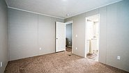 LH Waverly Crest 28724A Bedroom