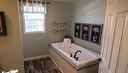 Hybrid HYB1684-288 (NOW 1684-1009) Bathroom