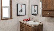 Diamond Singlewide 1680-203 Bathroom