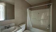 Cottage 7108 Bathroom