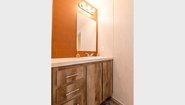 Commonwealth 200 Bathroom