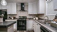 Commonwealth 218 Kitchen