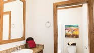 Cumberland The Frontier Bathroom