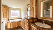 Westridge 1218CT Bathroom
