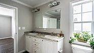 G Series 2839-216 V2 Bathroom
