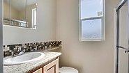 Park Model RV Royal 207 Bathroom