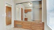 Park Model RV Royal 207 Bedroom