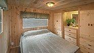America's Park Cabins Lodge Series 39-3 Bedroom