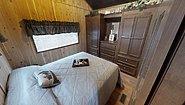 America's Park Cabins Lodge Series ND-39 Bedroom