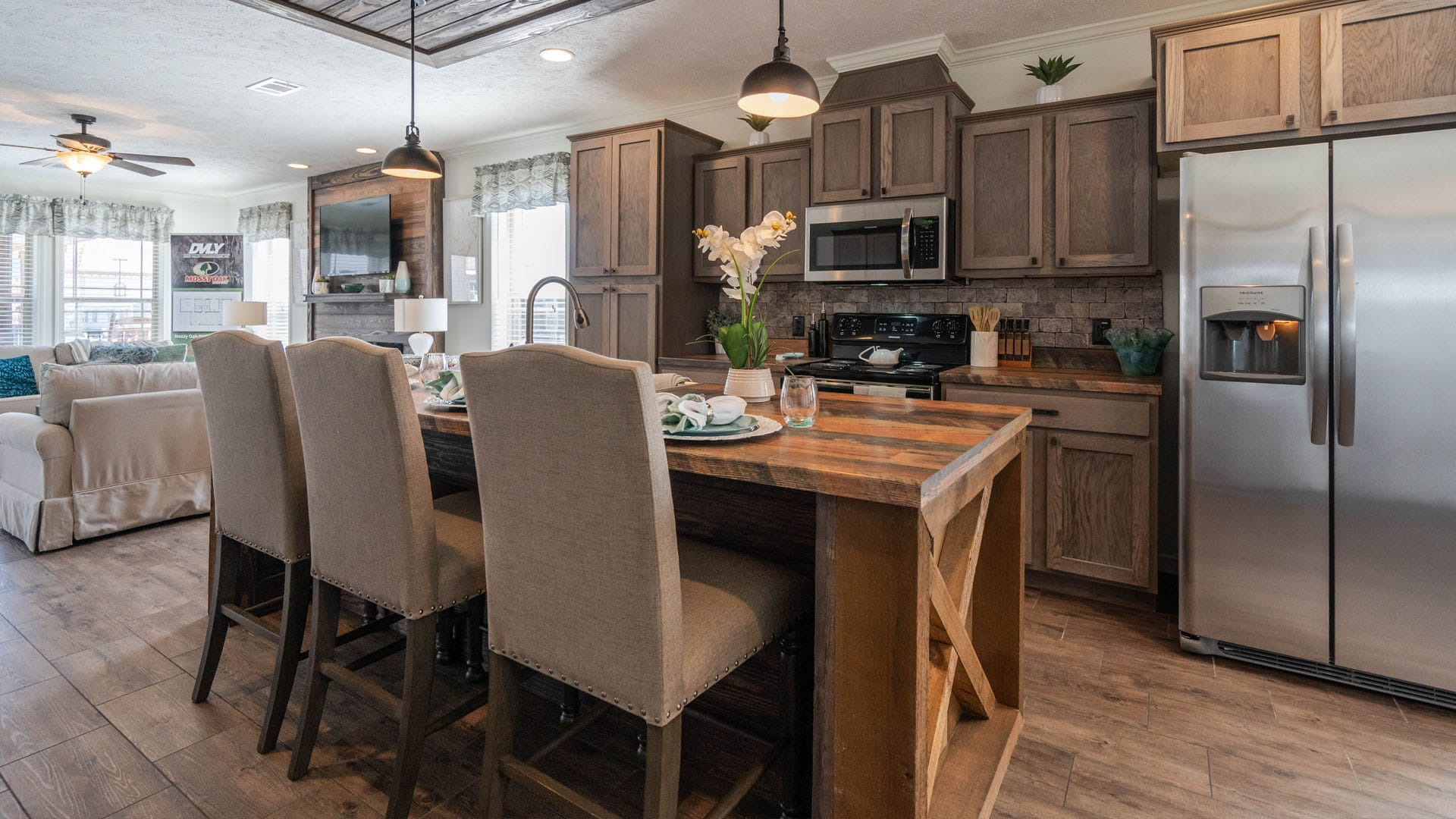 Deer Valley Homebuilders - Mossy Oak Nativ Living Series Robins Nest Kitchen